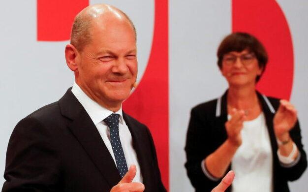 فوز الاشتراكيين الديمقراطيين في الانتخابات التشريعيّة بألمانيا على حزب ميركل