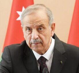 وزير الإدارة المحلية يعلن ان مجالس المحافظات تعتبر منحلة